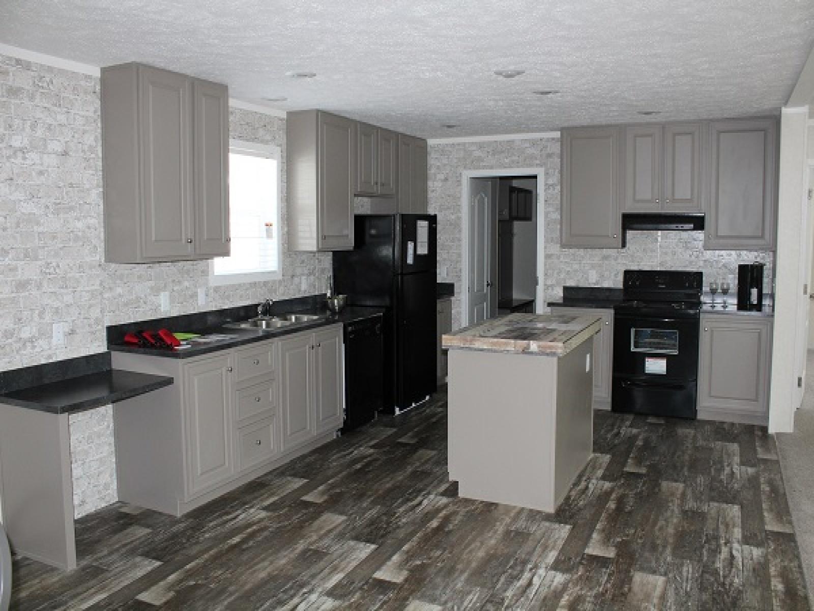 Clayton Homes,PENDING,1011