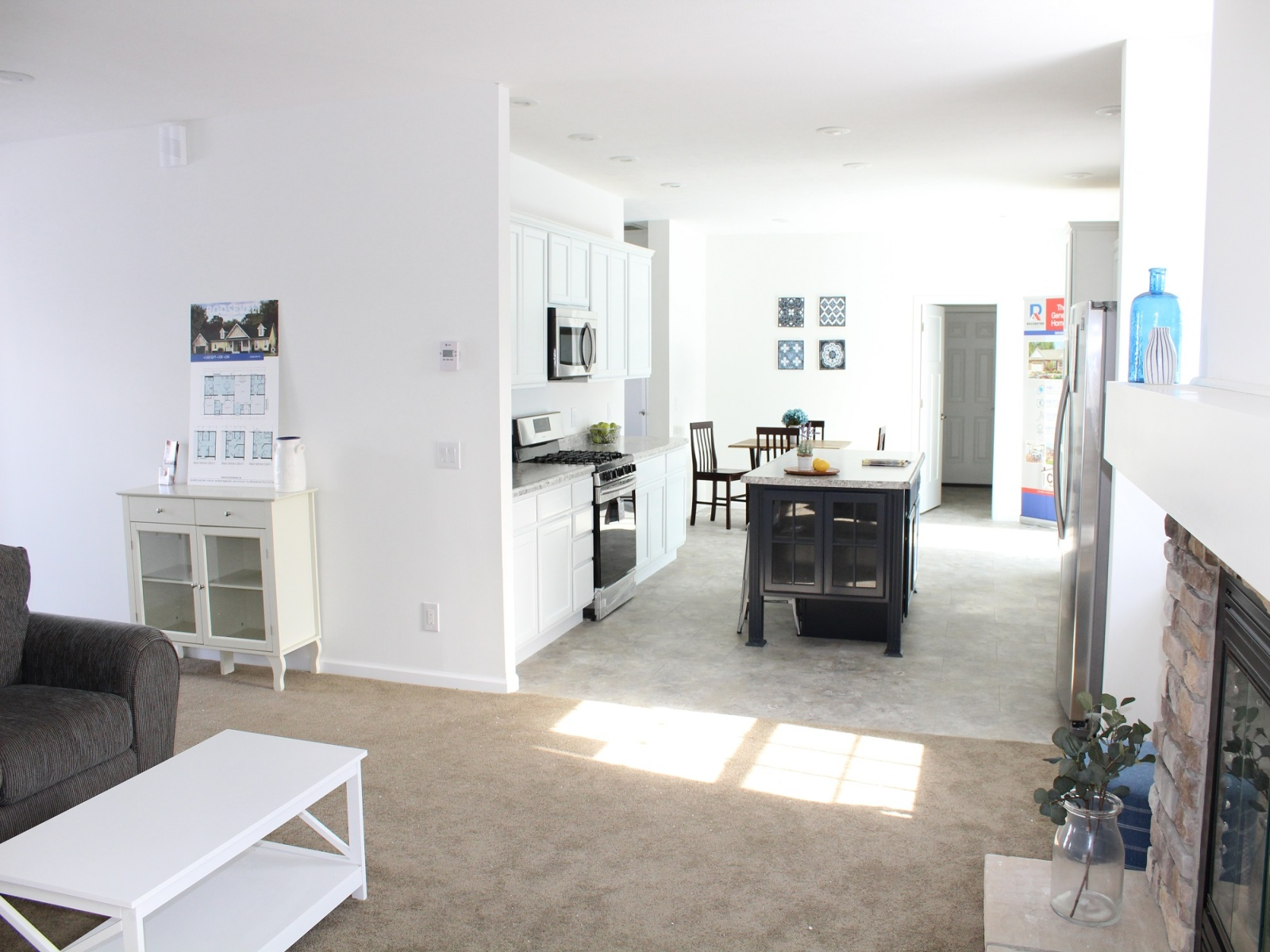 Rochester Homes,For Sale,1003